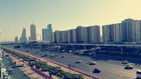Den Dubai shejken zayed road-2 royaltyfri fotografi