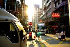 Den Dundas gatan i Kowloon, Hong Kong ser Yau Ma Tei arkivfoto