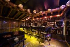 Den Egypten stilkorridoren av karaoke - klubba FARAO Royaltyfria Foton
