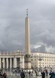 Den egyptiska obelisken Arkivbilder