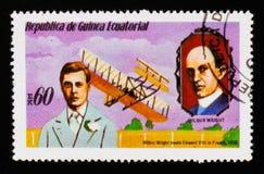 Den Ekvatorialguinea portostämpeln visar Edward VIII , Wright Brothers Flyer och W Wright circa 1979 arkivbilder