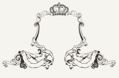 Den eleganta kunglig person inramar med krönar Arkivfoto