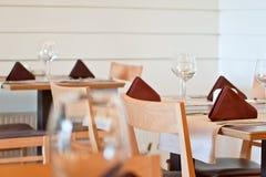 Den eleganta restauranginre specificerar Fotografering för Bildbyråer