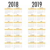 Den engelska kalendern för år 2018 och 2019, vecka startar på måndag Royaltyfri Foto