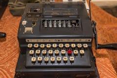 Den Enigma nollamaskinen från världskrig II fotografering för bildbyråer