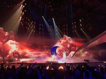Den Eurovision finaldagen historiskt kyivmuseum utomhus- ukraine för arkitektur 05 13 2017 ledare Nathan Trent från Österrike Arkivbild