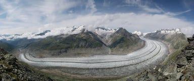 Den eviga Aletsch glaciären royaltyfria foton
