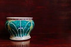 Den färgglade kålmodellen målade Kina ware, kinesiskt porslin arkivfoton