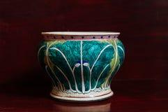Den färgglade kålmodellen målade Kina ware, kinesiskt porslin royaltyfri fotografi