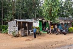 Den förfallna slaktaren shoppar i Belathur Karnataka Indien royaltyfri bild