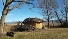 Den förhistoriska lakesidebosättningen av Dispilio Kastoria, Grekland arkivfoto