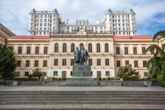 Den första experimentella kommunala skolan i Tbilisi, klassisk gymnasi Royaltyfri Fotografi