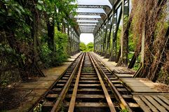 Den första järnvägen i Rumänien Bucuresti-Giurgiu arkivfoto