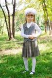 Första väghyvel för Schoolgirl Arkivfoto