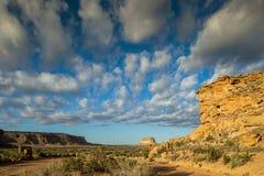Den Fajada butten i nationellt historiskt för Chaco kultur parkerar, NM, USA arkivfoto