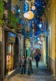 Den fantastiska för Artista för `-Luci D ` konstnären ` tänder i Salerno under jultid, Campania, Italien Arkivfoton