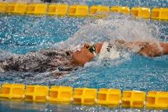 Den Federica Pellegrini simmaren segrar final för ryggsim 200mt under 7th Milano för Trofeo cittadi simning Royaltyfri Fotografi