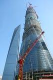 Den finansiella Shanghai världen centrerar, och shanghai centrerar Royaltyfri Foto