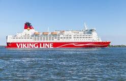 Den finlandssvenska färjan Viking Line Mariella Royaltyfri Bild