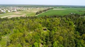 Den flyg- sikten av den Adolf Hitler bunker återstår Uppehållwerwolf nära Vinnitsa, Ukraina Royaltyfri Bild