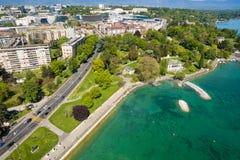 Den flyg- sikten av den måndag reposen parkerar Genèvestaden i Schweiz Royaltyfri Bild