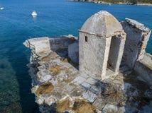 Den flyg- sikten av det Genovese tornet, turnerar Genoise, den Cap Corse halvön, Korsika kustlinje france Fotografering för Bildbyråer