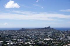 Den flyg- sikten av Diamondhead, Kapiolani parkerar, Waikiki, alun Wai Can Arkivbild