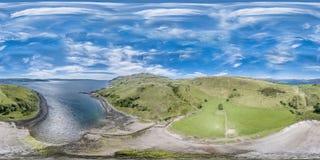 Den flyg- sikten av fjärden kallade Camas nan Geall Fotografering för Bildbyråer