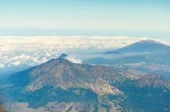 Den flyg- sikten av ijen vulkan i java indonesia Fotografering för Bildbyråer