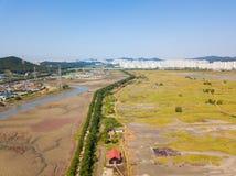 Den flyg- sikten av träväderkvarnen på Incheon ekologiska Sohrae parkerar Arkivbild