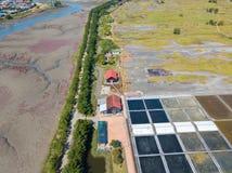 Den flyg- sikten av träväderkvarnen på Incheon ekologiska Sohrae parkerar Royaltyfri Fotografi