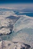Den flyg- sikten på det Nunavut landskapet, Kanada Royaltyfri Foto