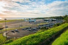 Den flyg- sikten på flygplatsen med få hyvlar royaltyfria foton