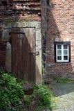 Den forntida borggården Arkivfoton