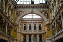 Den forntida byggnaden av passagehotellet