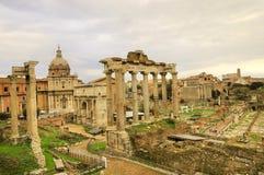 den forntida byggnadsstaden rome fördärvar Fotografering för Bildbyråer