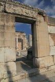 den forntida capernaumen fördärvar synagogan Royaltyfri Foto