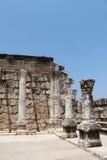 den forntida capernaumen fördärvar synagogan Royaltyfria Bilder