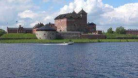 Den forntida fästningstaden i Hameenlinna, juni dag finland lager videofilmer