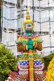 Den forntida förmyndaren av templet i Thailand Royaltyfri Fotografi
