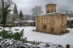 Den forntida kyrkan av den Zemensky kloster, Bulgarien Arkivfoton