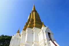 Forntida pagoda i tempelet, Ayutthaya Arkivbilder
