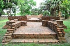 Den forntida pagoden fördärvar (Chedi) Royaltyfria Foton