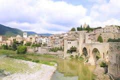 Den forntida staden av Besalu Fotografering för Bildbyråer