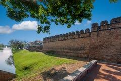 Den forntida staden av Chiang Mai, Thailand forntida vägg Arkivbilder