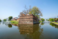 Den forntida staden av Chiang Mai, Thailand forntida vägg Arkivfoton
