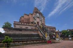 Den forntida staden av Chiang Mai, Thailand Wat Chedi Luang & x28; Wat Chedi Luang & x29; huvudsaklig stupa Royaltyfria Bilder