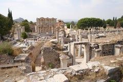 den forntida stadsephesusen fördärvar Arkivfoto