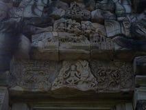 Den forntida stenen för en khmerkonstsand som snider historiska Phimai, parkerar Arkivbild