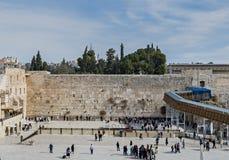 Den forntida västra väggen är ett offentligt område, Jerusalem, Israel royaltyfri bild